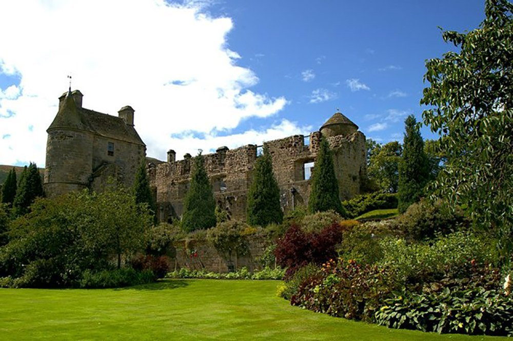 the falkland palace garden