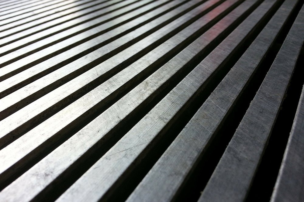 Drainage gaps closeup