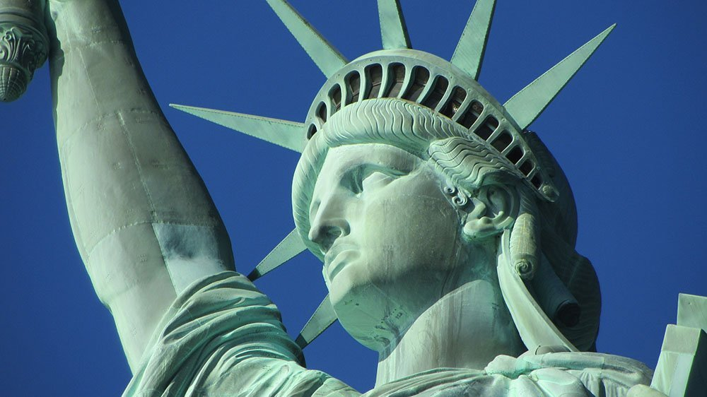 the statue of liberty close up