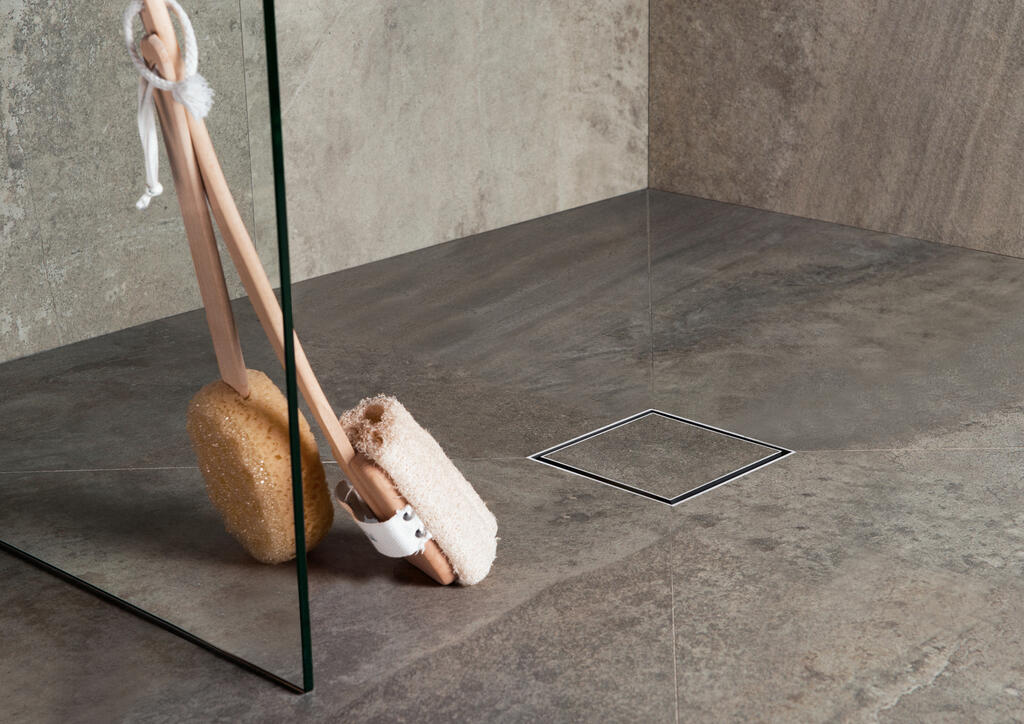 Aqua Jewels - A surprisingly intriguing square point shower drain from Easy Drain.