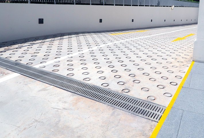 Choosing the right drainage grates